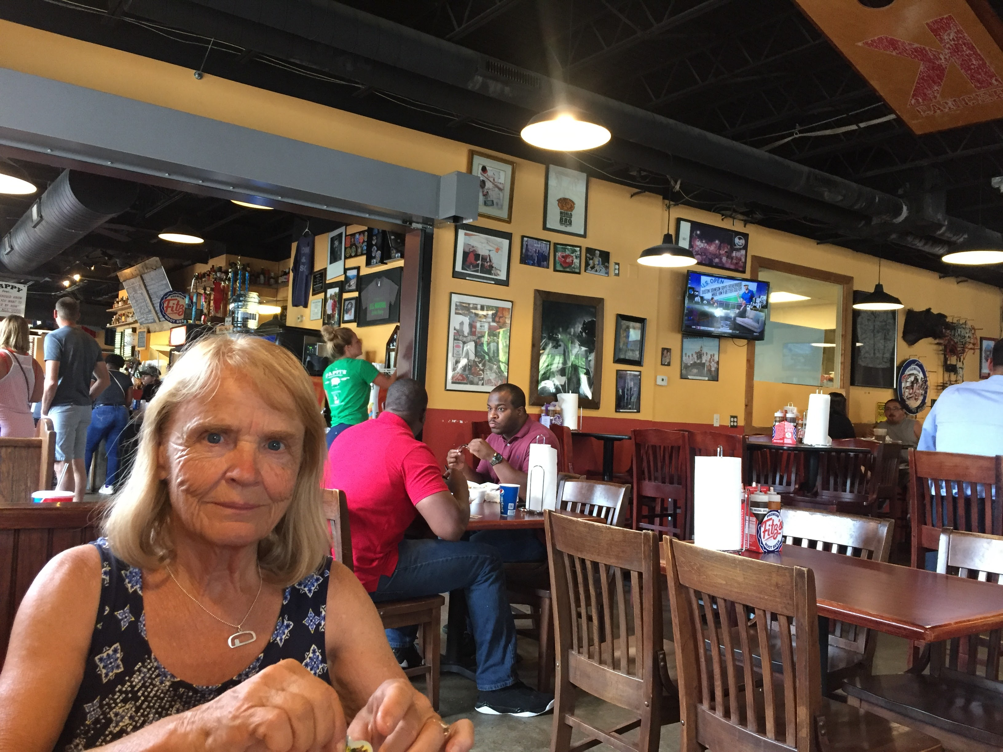 2017-06-16 St Louis - Dinner at Pappys