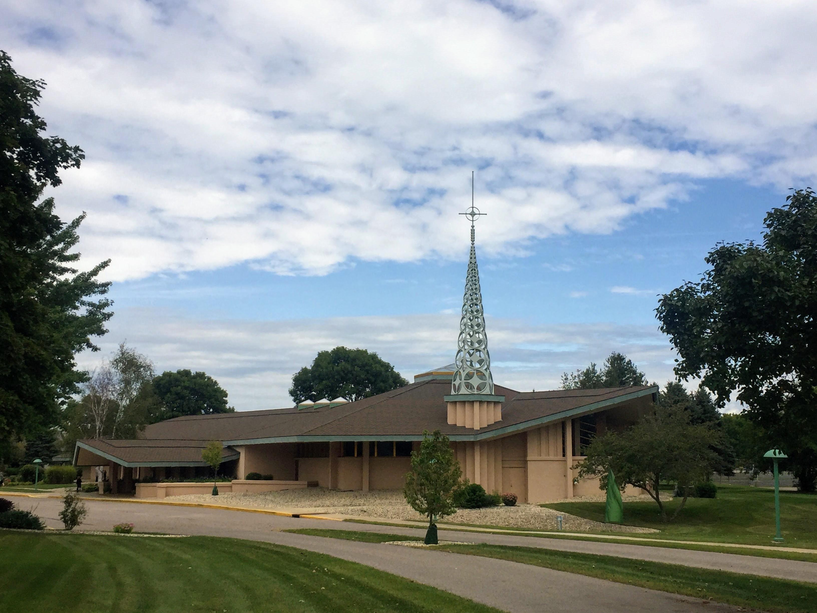2017-09-07 Cathlic Church 01