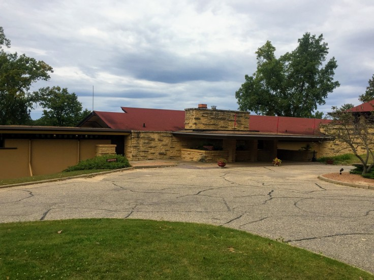 2017-09-07 FLW Taliesin Visitors Center 02