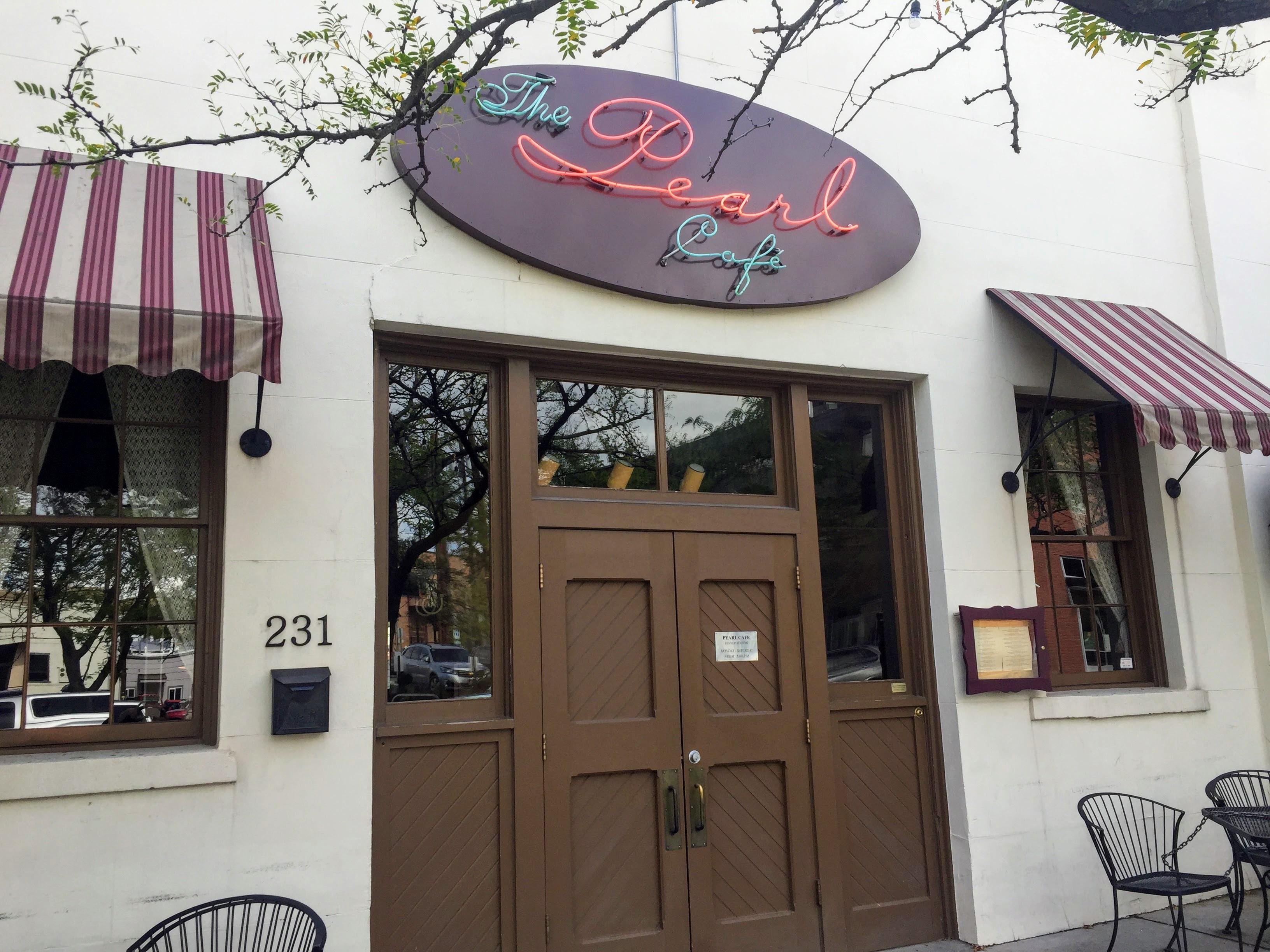 2017-09-20 01 Montana 10 The Pearl Cafe